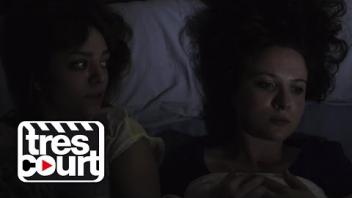 Au lit avec ma meilleure amie - Je suis lesbienne